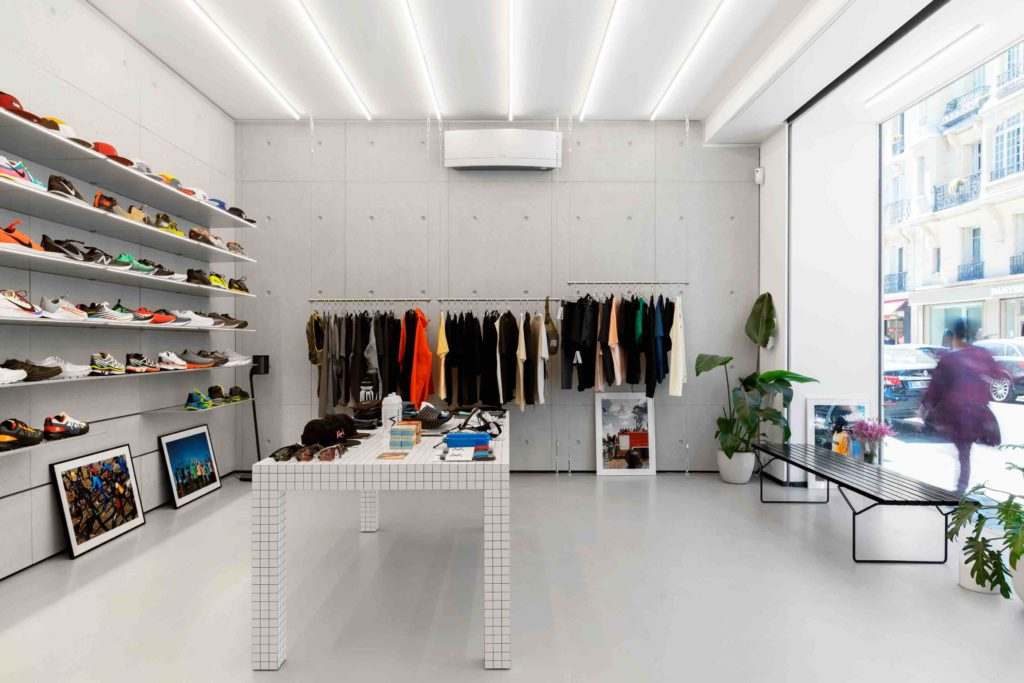 concept-store distance running
